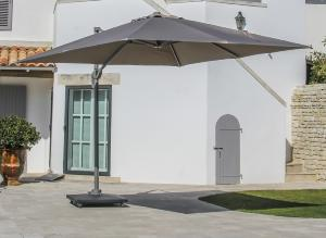 PARASOL DEPORTE 3X3 ELIOS toile polyester 250gr TAUPE, mât aluminium TAUPE 83x58mm